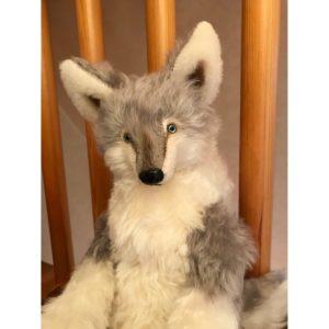 【受注制作】グレーの抱きオオカミ